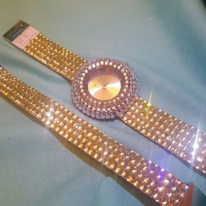 Stunning Watch & Bracelet set